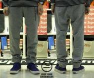 SUPREME シュプリーム コピー 激安 スウェットパンツ メンズ ブラック グレー 裏起毛 コットン Sweat Pants ロゴ パンツ