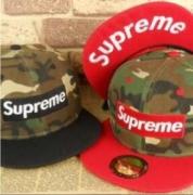 人気を誇るシュプリーム帽子新作ニューエラキャップSUPREME CAP 偽物ボックスロゴキャップカモフラージュレッドブラック