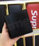 シュプリーム 財布 コピー メンズ 赤 値段 レディース ファション 学生に大歓迎2018最新作 supreme