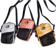 人気が高く シュプリーム  コピー Supreme X The North Face Metallic Shoulder Bag 限定新品 ショルダーバッグ メンズ 防水