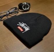 肌触りのいいシュプリーム ステューシー コラボニットキャップSUPREME BOX LOGO 偽物ニット帽刺繍ロゴ