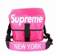 お得2018収納性が高いSUPREMEx NEW YORKメンズ レディース シュプリーム バッグ スーパーコピーSUPREME ショルダー掛け 運動 旅行 男女兼用