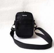 【大人気セール】 シュプリーム ショルダーバッグ コピー 新品 スポーツSupreme Small Shoulder Bag防水 ミニ ブラック